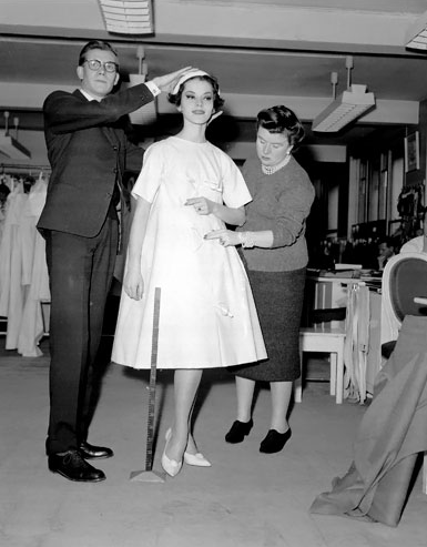 1950S Fashion - Trapeze Dress